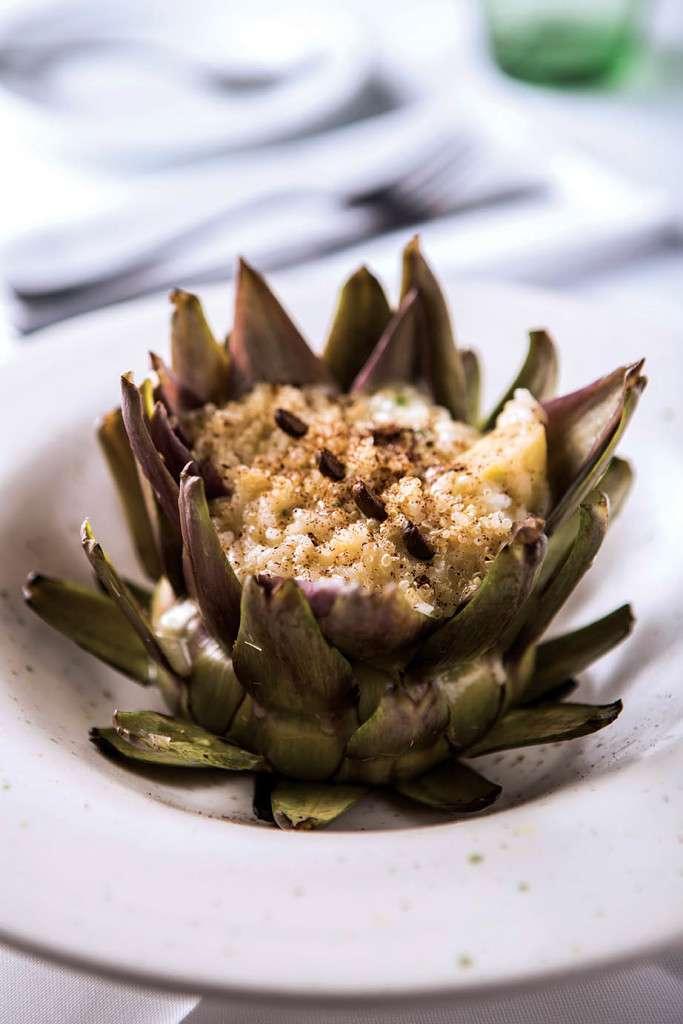 Risoto de canaroce e quinoa em flor de alcachofra e café _ Piú