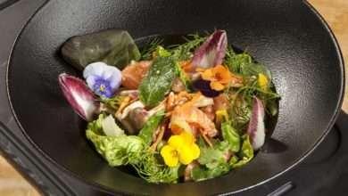 Photo of Salada thai de sashimi de salmão