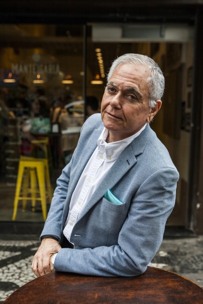 Empreendedor nato, o português Duval Pestana, com apenas um único produto, consegue atrair um grande volume de clientela em todas as nove unidades da marca