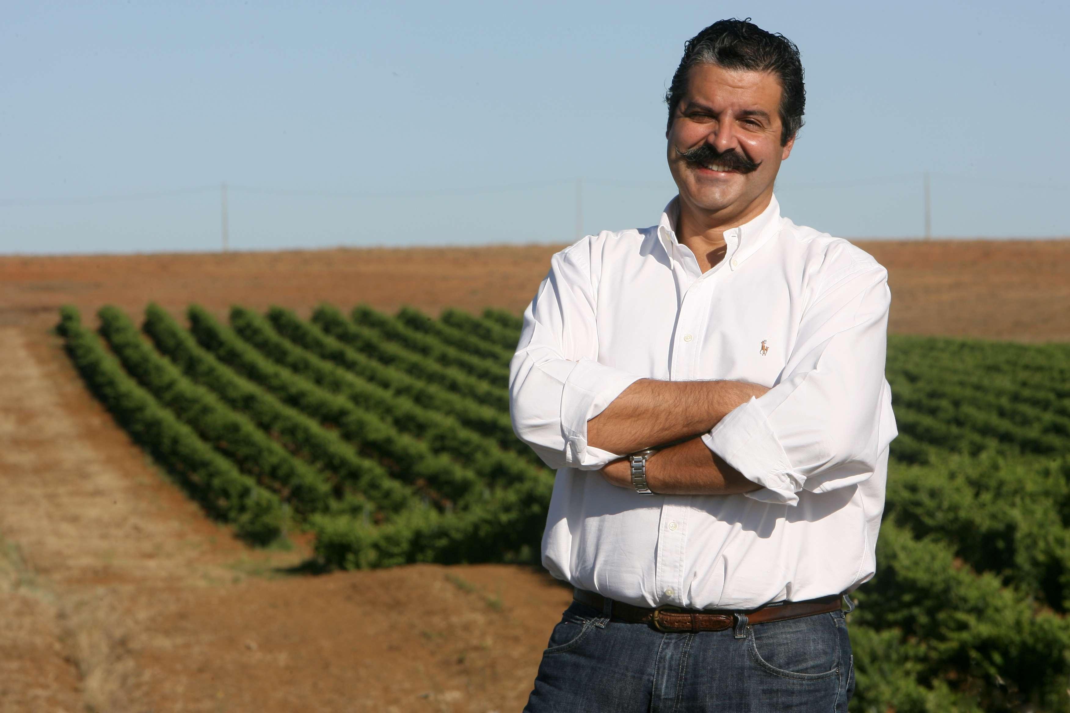 Photo of Paulo Laureano, enólogo renomado do Alentejo, participa de jantar no Varanda Grill