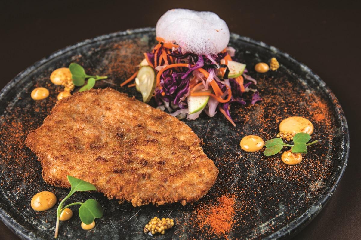 Schnitzel de copa lombo e coleslaw - Nova geração