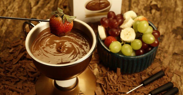 Cacau Show celebra Dia dos Namorados com fondue