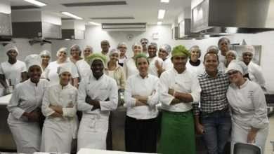 Photo of Jovens de comunidades cariocas cozinham em área VIP do Rock in Rio