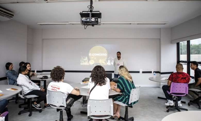 Ivan Achcar durante aula no Mesa Minas | Foto: Ricardo D'Angelo