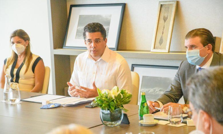 Reunião com o Ministro de Turismo da República Dominicana, David Collado | Foto: Paola Rainieri, divulgação