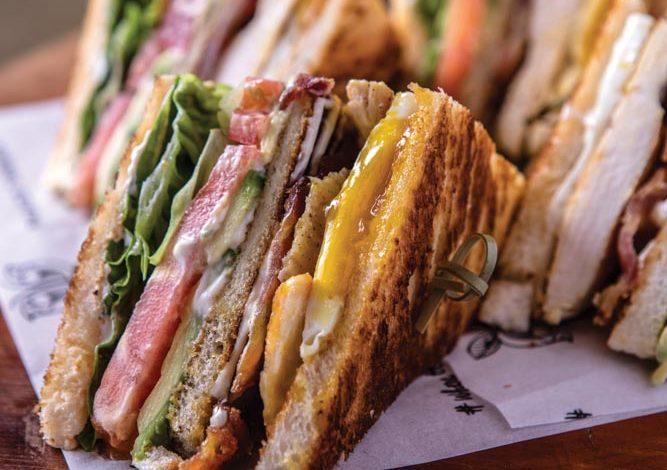 Club sandwich com avocado e maionese de limão. Foto: Ricardo D´angelo.