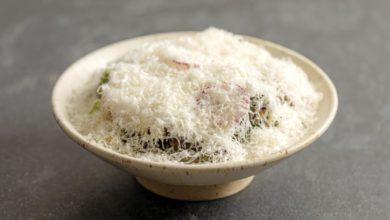 Photo of Salada de folhas, couve-flor, parmesão e vinagrete de mel