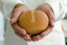 Photo of Projeto social distribui mais de 1000 pães por dia
