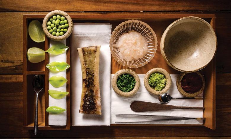 Tartar de lagosta com tutano e ervilha-torta Foto: Leonardo Freire, divulgação