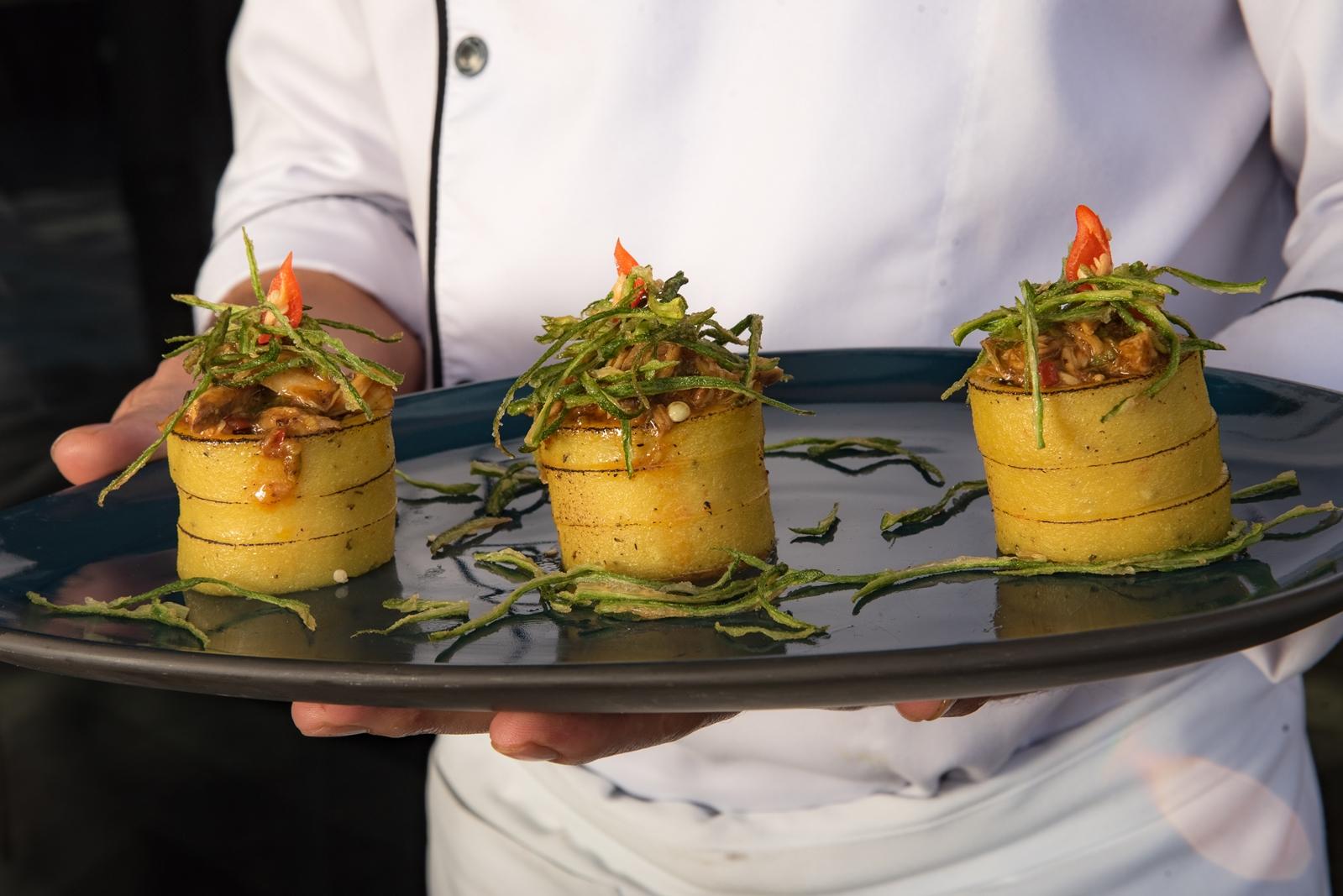 Ragu de frango caipira com polenta | Foto: divulgação